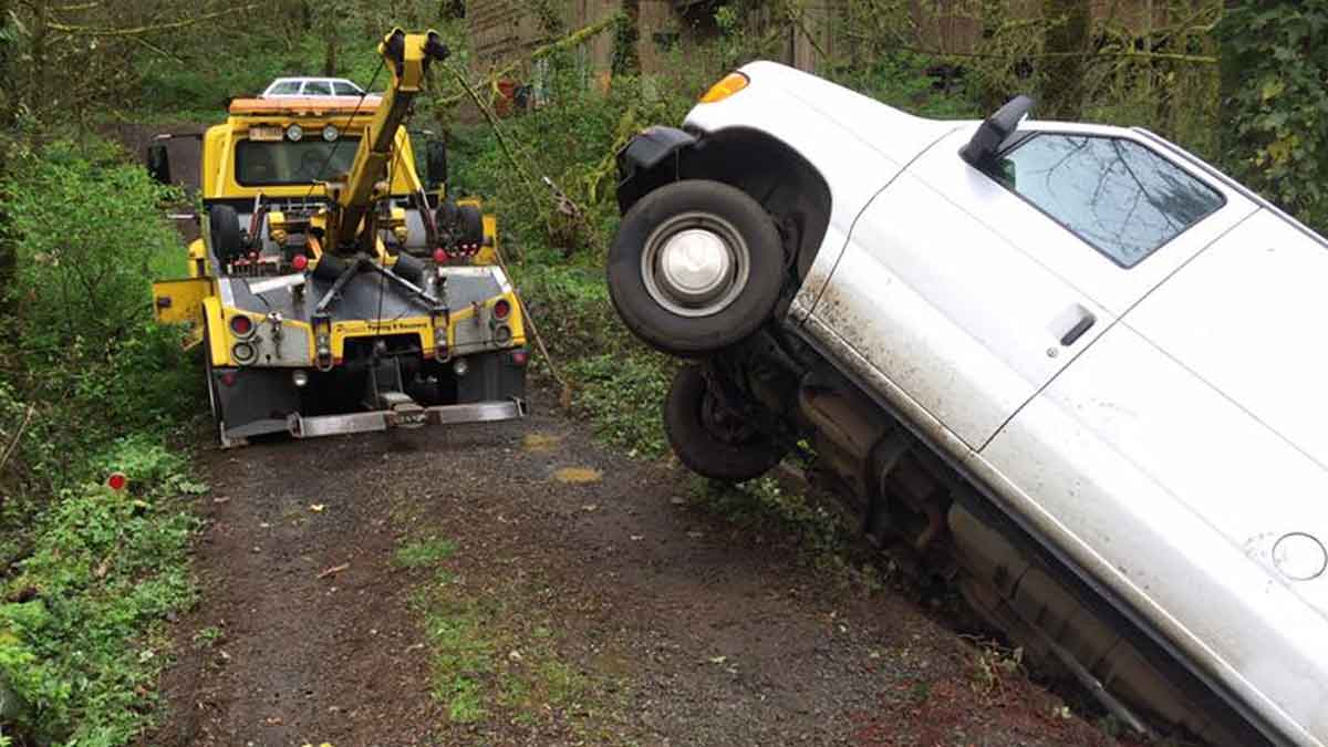 Roadside Assistance Towing Silverton, Salem & Marion County